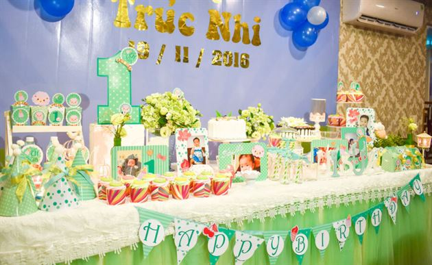 Trang trí bàn sinh nhật tuyệt đẹp cho bé