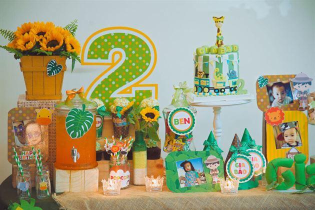Một góc trang trí bàn sinh nhật cho bé
