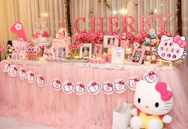 Trang trí bàn sinh nhật đẹp