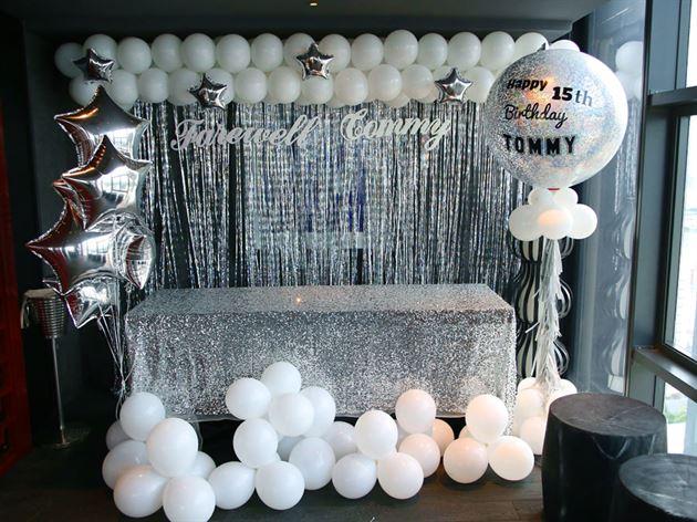 Trang trí bong bóng jumbo cho sinh nhật teen