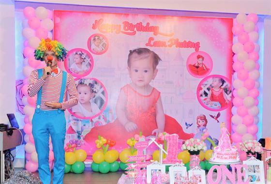 Trang trí sân khấu sinh nhật baby Girl