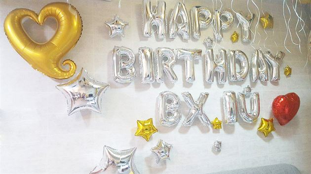 trang trí sinh nhật với bong bóng happy birthday