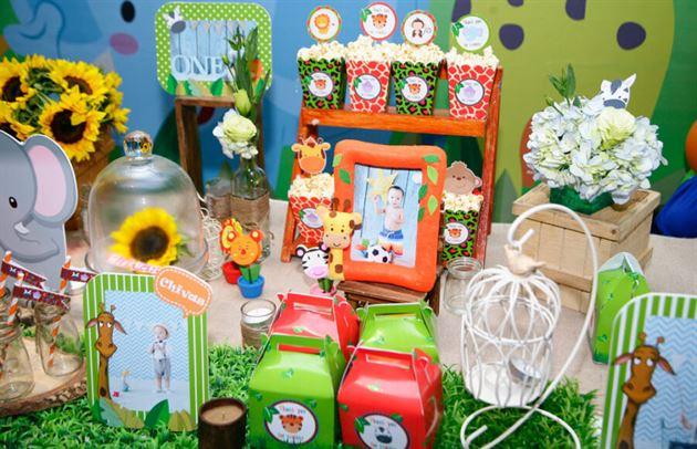 Trang trí sinh nhật cho bé chủ đề Rừng Xanh