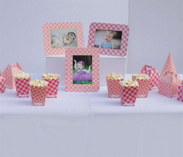 Phụ kiện sinh nhật tông màu hồng lưới đáng yêu