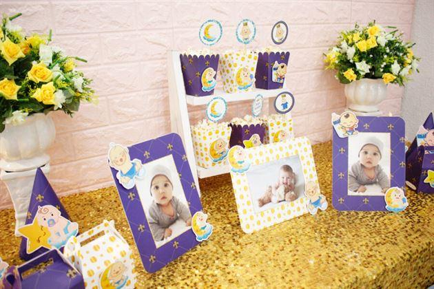 Bàn tiệc sinh nhật trang trí dễ thương với set mini Baby Boy màu xanh hoàng gia