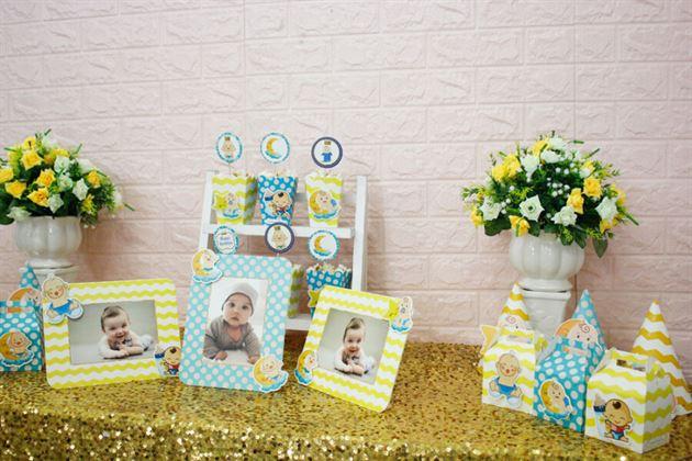 Trang trí thôi nôi bé trai với set mini Baby Boy màu xanh min vàng