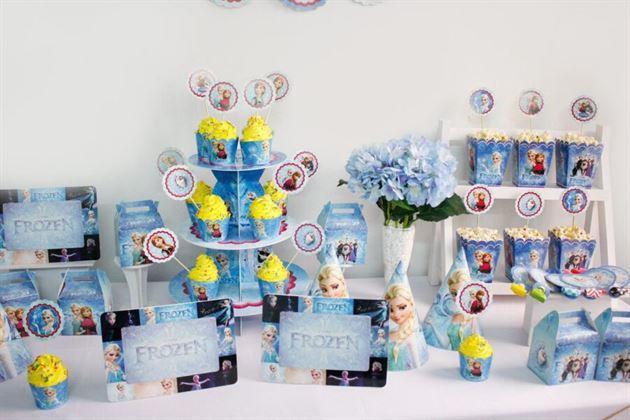 Bộ phụ kiện sinh nhật chủ đề Frozen