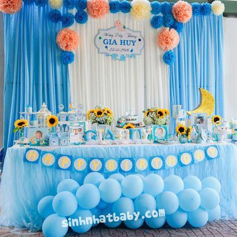 Trang trí backdrop và bàn gallery lưu niệm chủ đề baby boy