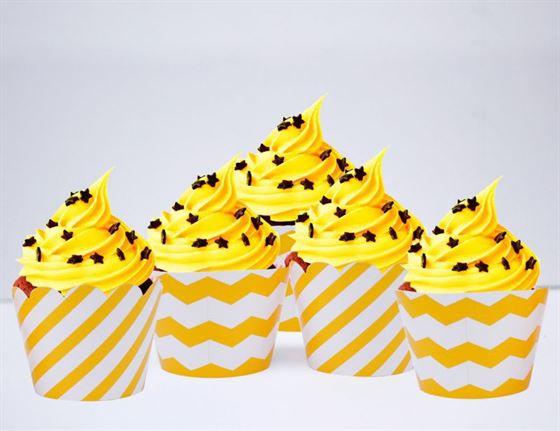 Vỏ bánh cupcake màu vàng sọc zigzag