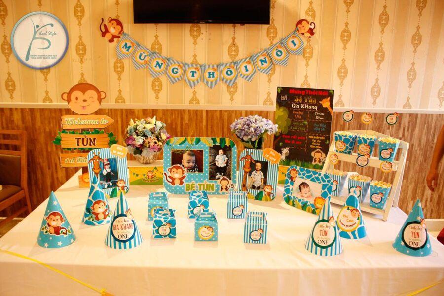 Bộ set trang trí sinh nhật thôi nôi bé trai tuổi khỉ