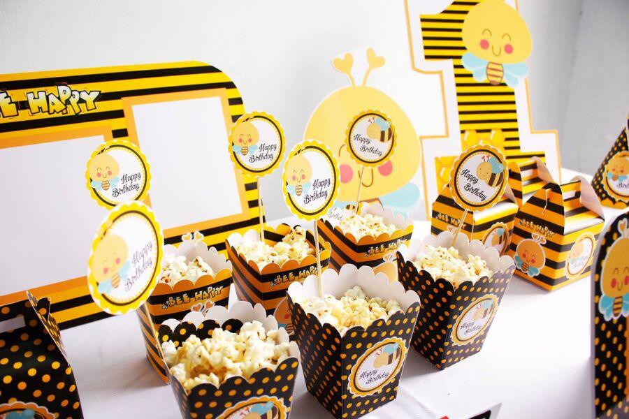 Hộp đựng bắp rang bơ chủ đề cong ong