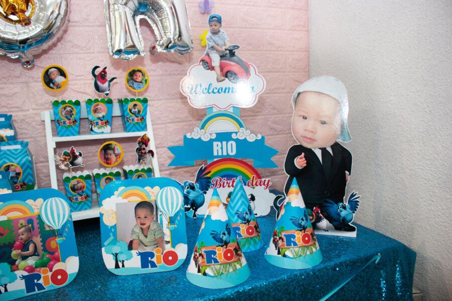 Nón sinh nhật cho bé chủ đề Rio