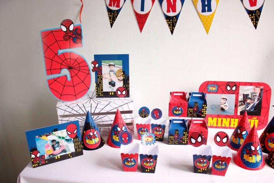 Phụ kiện trang trí sinh nhật cho bé chủ đề Spiderman