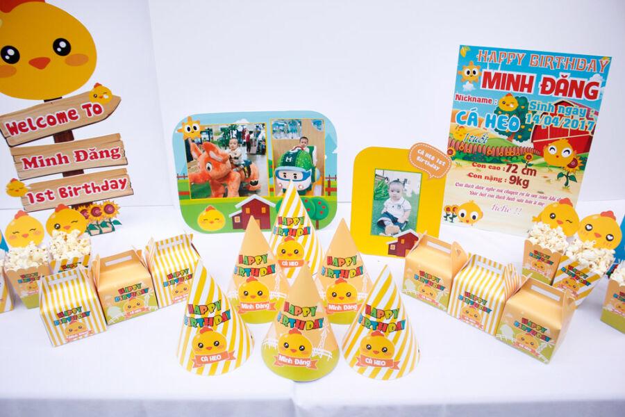 Set phụ kiện sinh nhật tuổi gà