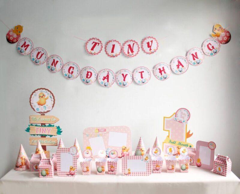 Set trang trí sinh nhật bé gái tuổi gà