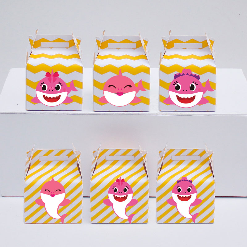 Set hộp quà sinh nhật baby shark girl màu vàng zigzag