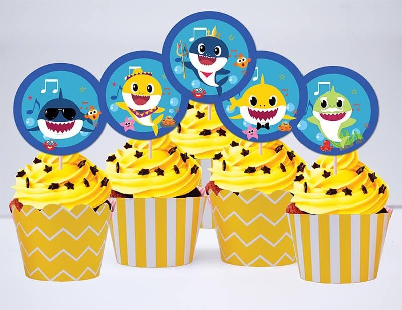 Tem bánh cupcake Baby Shark Trai màu vàng đen hoàng gia