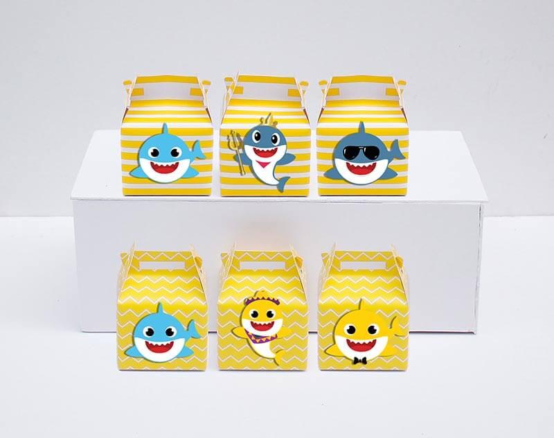 Set hộp quà sinh nhật Baby Shark boy màu vàng hoàng gia