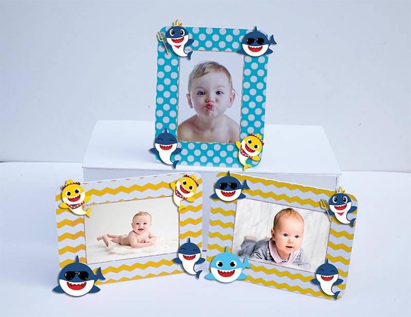 Tem khung ảnh sinh nhật Baby Shark Trai màu vàng xanh mint