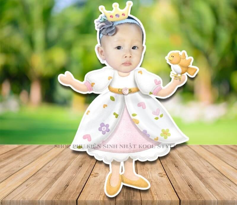 Chibi công chúa bận đầm hoa