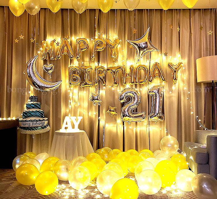 Trang trí sinh nhật tuổi 21 kết hợp ánh đèn