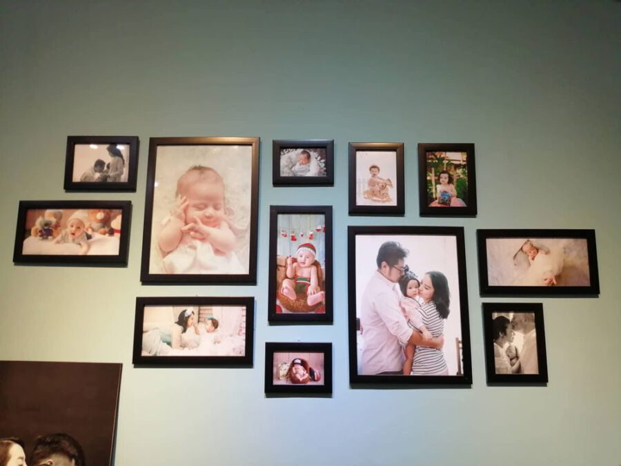 Kết hợp nhiều khung ảnh khi dán lên tường