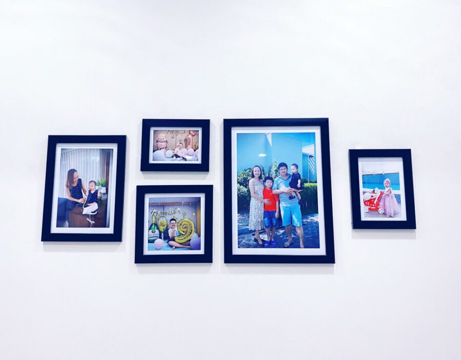 Set khung hình gia đình khi dán lên tường