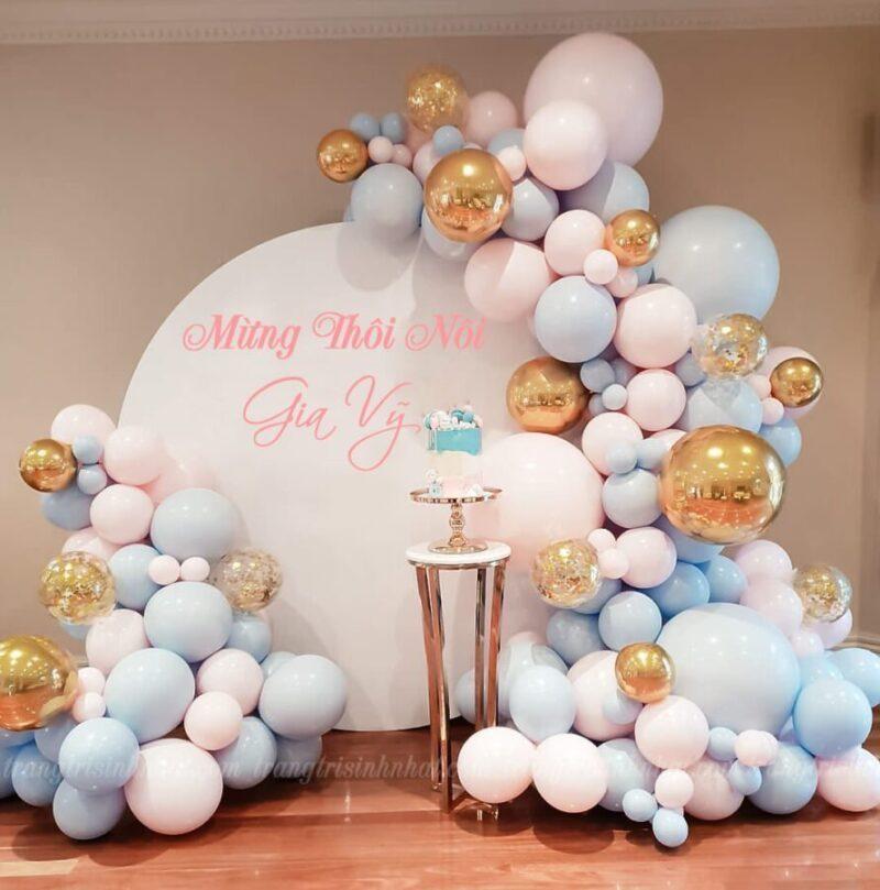 Trang trí bong bóng sinh nhật bé gái màu hồng nhạt