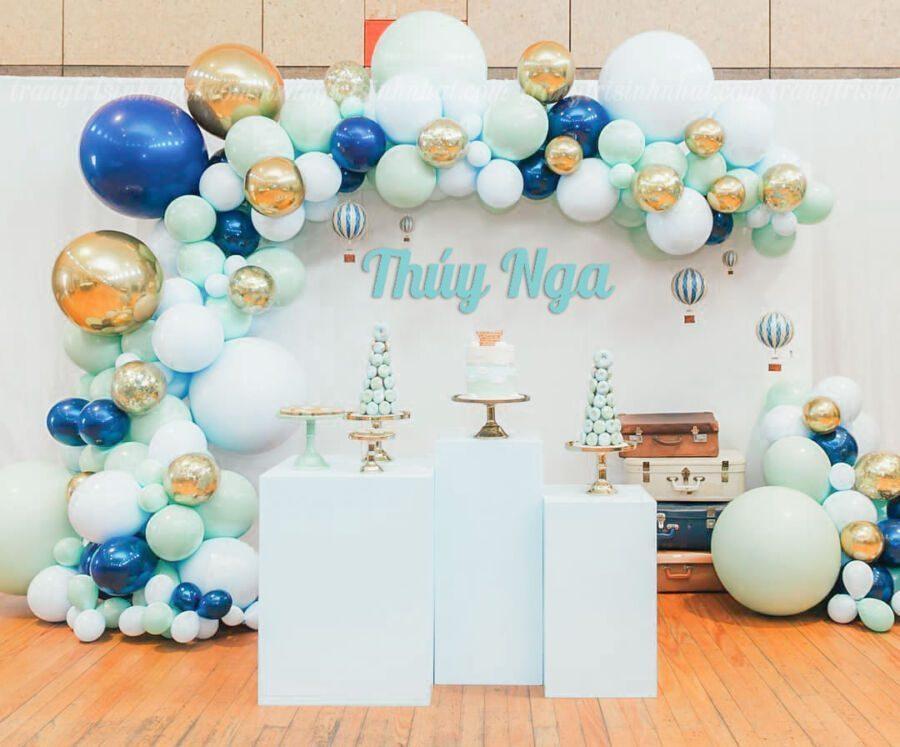 Trang trí sân khấu sinh nhật màu xanh dương